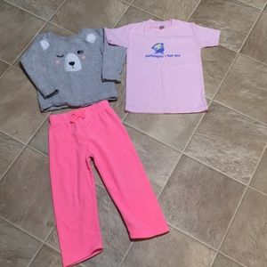 24 m / 2t Winter sweatshirt outfit plus t-shirt